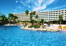 Hotel 4* en la Costa Dorada en hab. TRIPLE (A partir del 1 de mayo)
