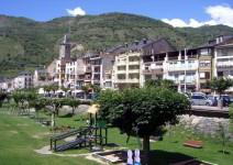 3 noches en Pirineo Catalán + 1 noche en Salou - EN ALBERGUE Y HOTEL 3* CÉNTRICO