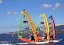 Clase de Iniciación al Windsurf en Salou (2h)