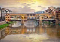 City Tour Panorámico de Florencia con Museo Dell' Accademia y Uffizi (30 pax)