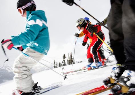 2 horas diarias de clases de Esqui/Snow