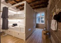 1 noche en Oporto + 2 noches en Lisboa + 1 noche en Salamanca - EN HOSTEL