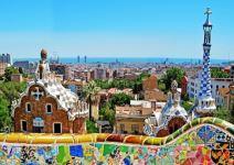P4- (AS) Día 1: Salida y visita de Barcelona
