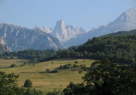 El Naranjo de Bulnes en Asturias
