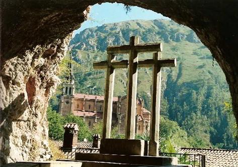 Tres cruces en covadonga Asturias