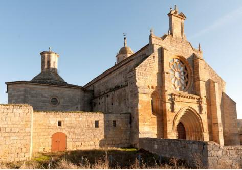 Iglesia en el destino de Burgos