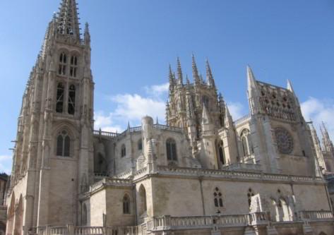 catedral en el destino de burgos