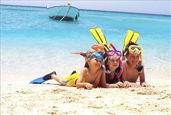 Estudiantes en la playa de Valencia