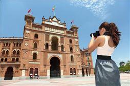 Chica en las Ventas , Madrid