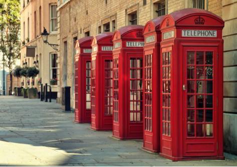 Cabinas telefónicas típicas inglesas en Londres inglaterra