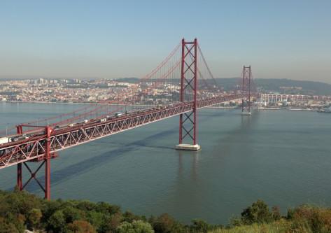 Vistas del puente de Lisboa